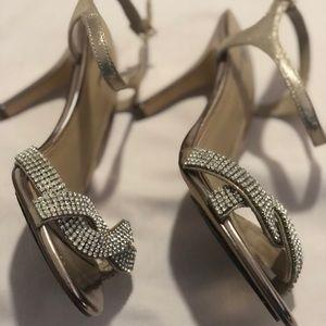 (OFFERS) Unworn Browns Size 7 Crystal Heel